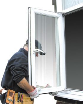 Kvalitatīva PVC plastikāta logu montāža
